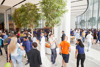 Apple shares photos, video from Dubai store opening